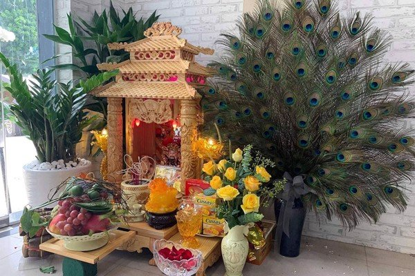 Cách đặt bàn thờ ông Địa, ông Thần Tài đúng giúp phát tài phát lộc – Dongsuh Furniture